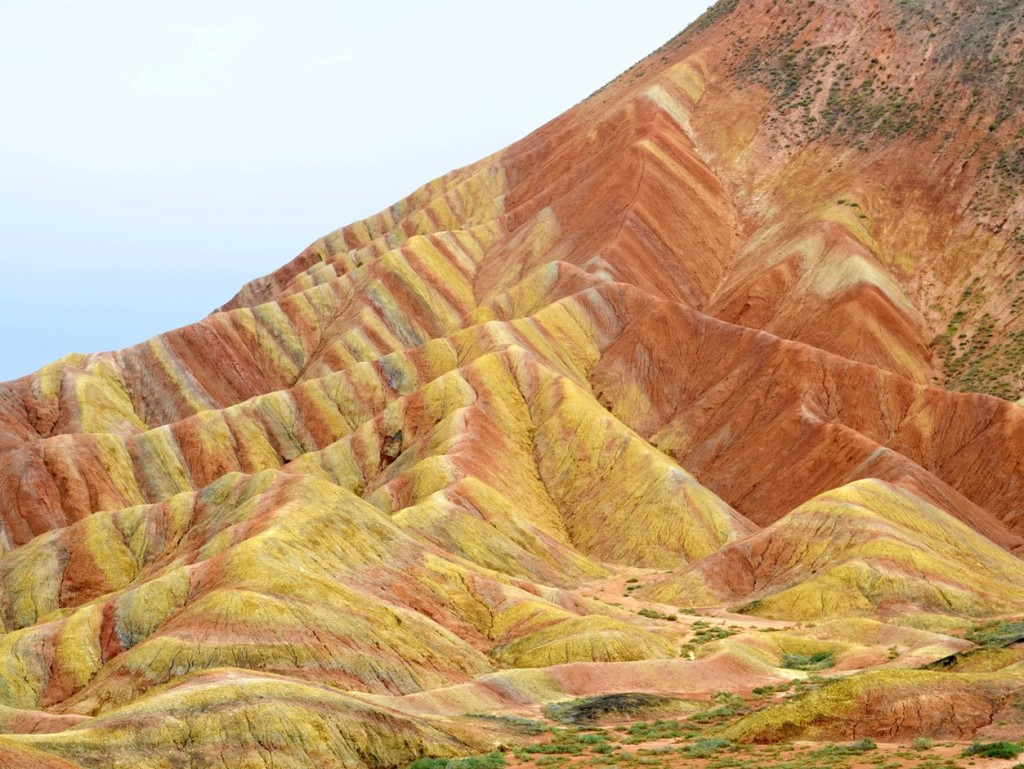 Image of red and yellow sandstone mountains